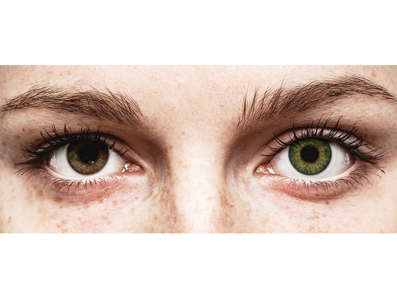 Green contact lenses - natural effect - Air Optix (2 monthly coloured lenses)